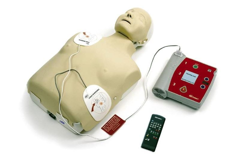 Mannequin with an AED